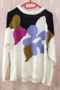 Oversize sweter duże rozmiary biały nadruk ciepły długi rękaw tani używany