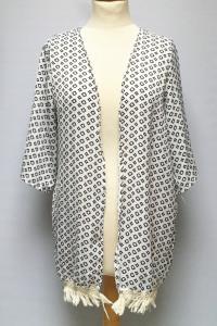 Narzutka Wzory XL 42 Kimono Frędzle Białe Wzorki...