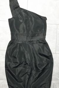 Zara sukienka czarna 34 XS na jedno ramię...