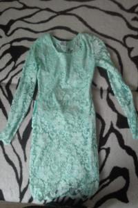 Sukienka koronkowa mietowa