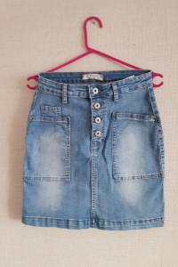 Spodnica jeansowa