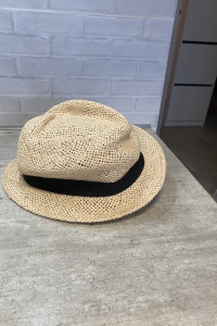 HM słomkowy kapelusz...