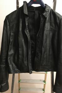 kurtka krótka czarna skórzana...