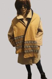Beżowy zimowy płaszcz szalik Gratis...