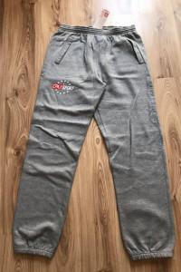 Spodnie dresowe...