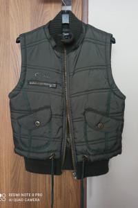 Kamizelka pikowana S 36 zielony khaki...