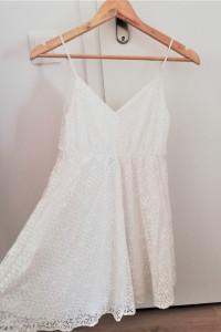 Biała sukienka koronka H&M...