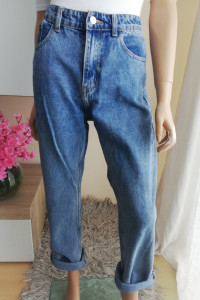Spodnie jeansy typu mom fit r 40 Bez dziur vintage j Zara...