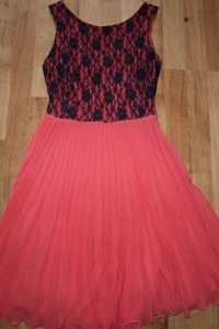 Sukienka z koronką M...