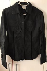 Czarna koszula z długim rękawem Umbro 36 taliowana