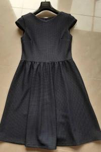 Sukienka Mohito w krateczkę