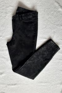 Spodnie jeansy skinny fit rurki marmurek czarne Yessica...