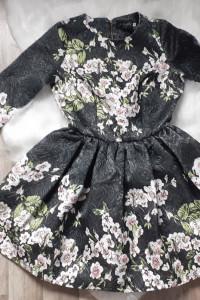 Sukienka w kwiaty A Rudzka...