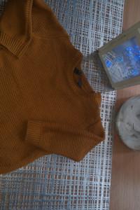 Sweterek brązowy Primark...
