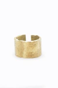 Teksturowany pierścionek...