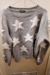 Sweter w gwiazdki...