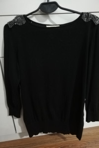 Czarny sweterek Oasis