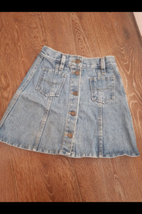 Mini jeans...