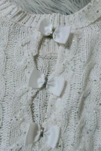 Cekinowy sweterek TU biały 3638