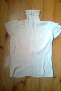 Bluzeczka z golfem rozmiar 38