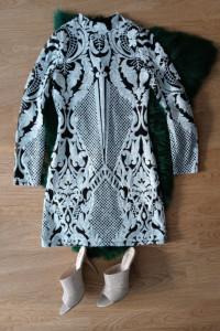 Sukienka cekinowa wzór balmain