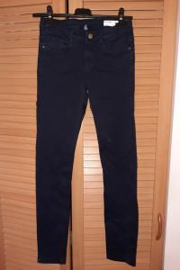 Granatowe jeansy Zara rozm 34 stan idealny