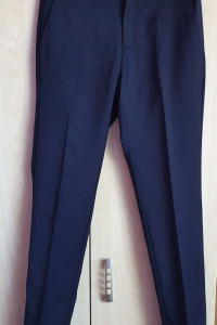 Eleganckie spodnie chłopięce Zara 152
