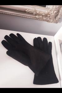 Eleganckie czarne rękawiczki