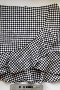 Spódnica w kratkę mini H&M xs s czarno biała falbanka