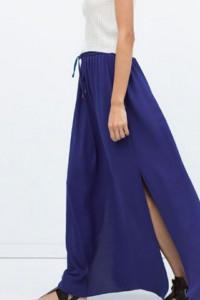 Kobaltowa spódnica maxi z rozcięciami ZARA...