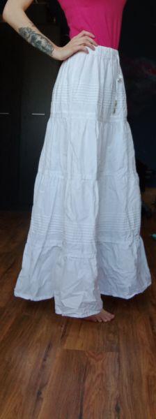 Spódnice Biała spódnica rozmiar uniwersalny