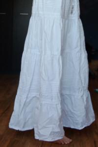 Biała spódnica rozmiar uniwersalny...