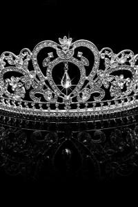 Nowa korona diadem tiara srebrny kolor cyrkonie diamenty królow...
