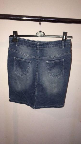 Spódnice Spódnica do kolan jeansowa ołówkowa guziczki