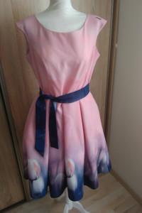 Śliczna sukienka XL