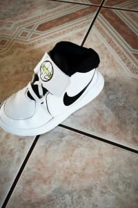Nike r26...