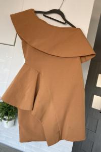 AQUA Wendy Tan dress sukienka karmelowa piankowa asymetryczna f...