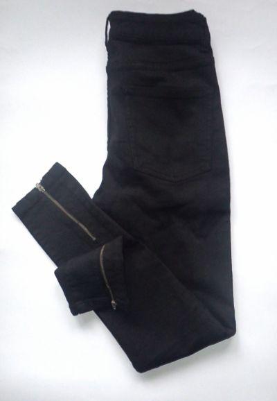 Spodnie Oryginalne czarne jeansy Noisy May S