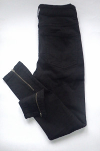 Oryginalne czarne jeansy Noisy May S