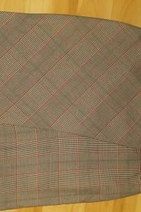 Spódnica ołówkowa w kratę Orsay 42...