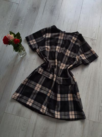 Suknie i sukienki Sukienka tunika w kratę czarno kremowa