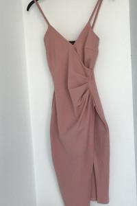 Elastyczna sukienka
