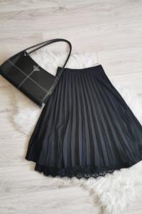 Czarna Plisowana spódnica Mohito Vintage style...