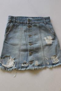 niebieska spódniczka jeansowa z przetarciami xs