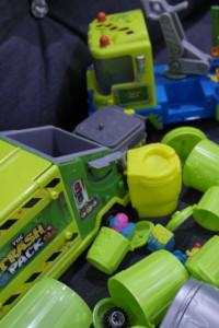 Duży zestaw Śmieciaków 3 samochody pojemniki figurki...