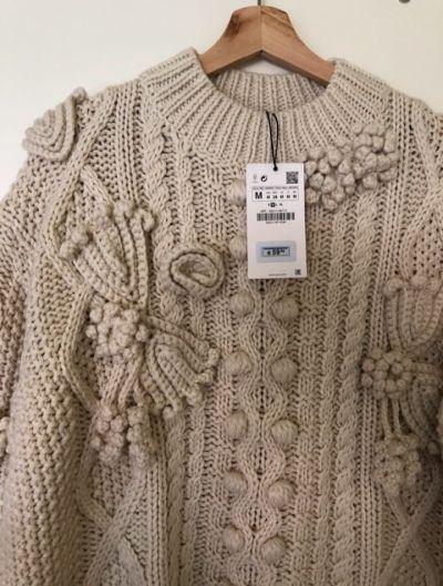 Swetry Zara bezowy sweter