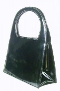 Czarna torebka wysoki połysk