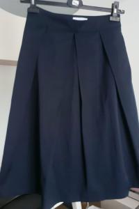 Granatowa spódnica Reserved wiązanie w pasie rozkloszowana