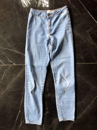 Spodnie i spodenki ZARA Kids spodnie jeansy regular fit rozm 134 cm na 9 lat stan BDB