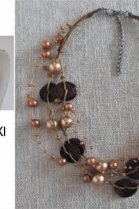 Naszyjnik ze sztucznych perełek w kolorze crystal bronze